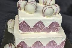 foto-vierkante-verjaardagstaart-met-roze-goud-en-cakpops-caketruffels